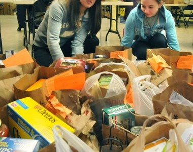 Bag the Community brings South Hadley together